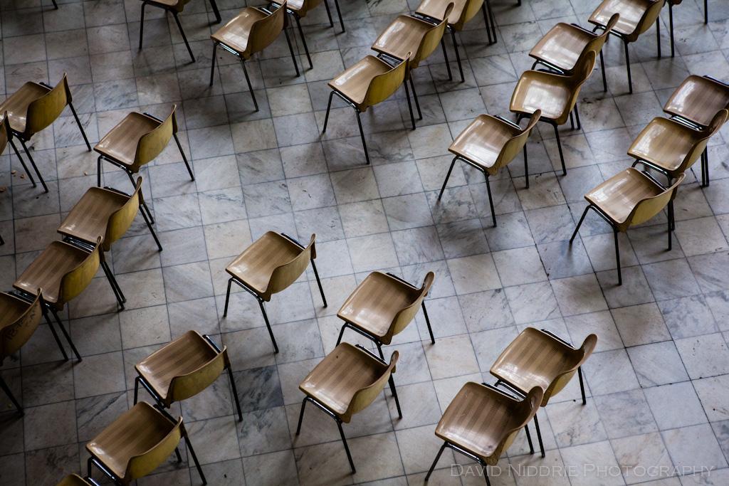 davidniddrie_cuba_museorevolucion_chairs-8947