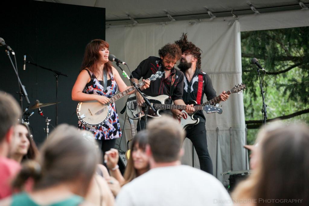 Lisa LeBlanc rocking at Vancouver Folk Music Festival.